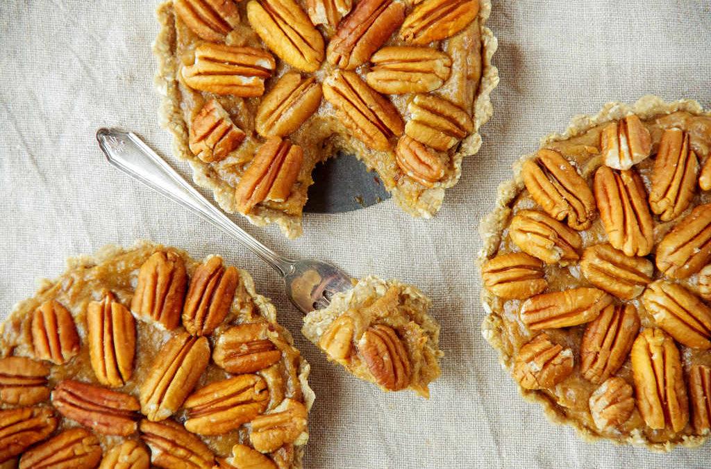 Raw Caramel Pecan Pies