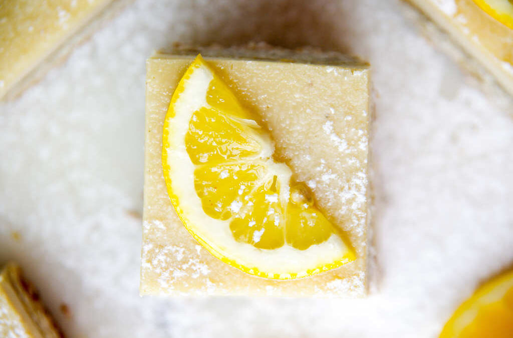 Baked Lemon Delicious Slice